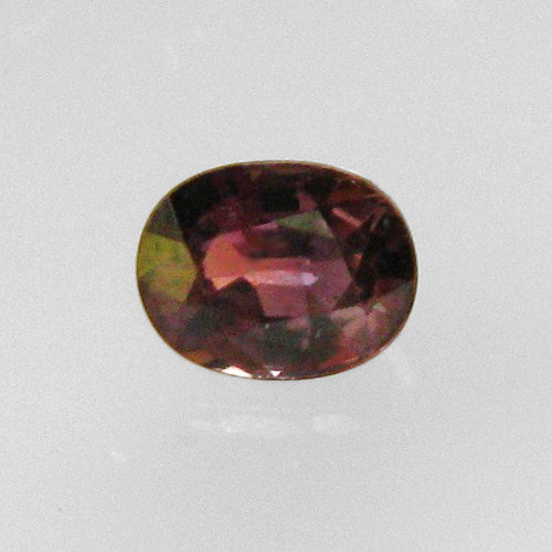 Rare Color Change Garnet Sri Lanka 0.90 ct GLI Litnon.com
